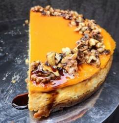 Taze Pastane - Balkabaklı Cheesecake 8 Kişilik (tp)