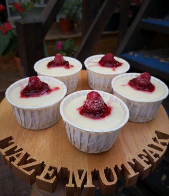 Glutensiz Muffin Muhallebili